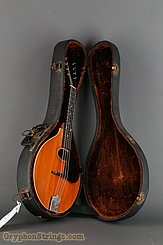 1914 Gibson mandolin A, with natural top Image 16