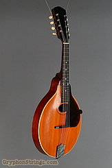1914 Gibson mandolin A, with natural top Image 2