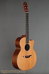 1999 Lowden Guitar O25C Image 2