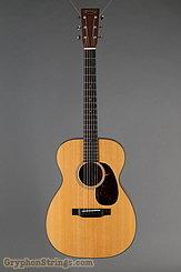 2017 Martin Guitar 00-18