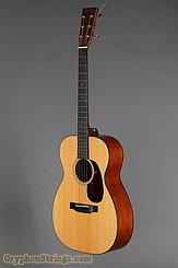 2017 Martin Guitar 00-18 Image 6