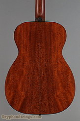2017 Martin Guitar 00-18 Image 9
