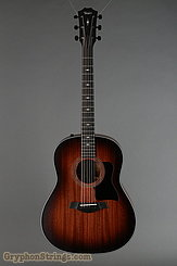 Taylor Guitar 327e NEW