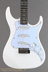 AXL Guitar Headline AS-750 White NEW Image 6
