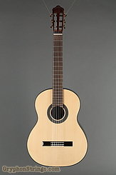 New World Guitar Estudio 650, Spruce  NEW