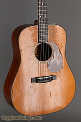 1946 Martin Guitar D-18 Image 9