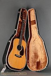 1976 Martin Guitar HD-28 Image 15