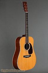 1976 Martin Guitar HD-28 Image 2