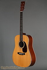 1976 Martin Guitar HD-28 Image 6