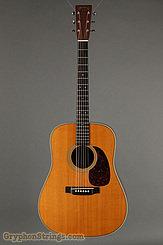 2001 Martin Guitar HD-28V Image 1