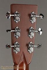 2001 Martin Guitar HD-28V Image 12