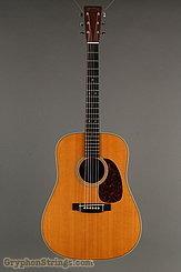 2001 Martin Guitar HD-28V Image 7