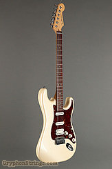 2006 Fender Guitar American Deluxe Stratocaster Pearl White Image 2