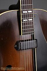 1946 Gibson Guitar ES-300 Image 9