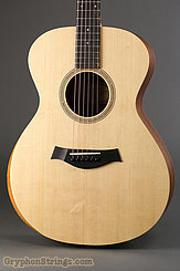 Taylor Guitar Academy 12 NEW