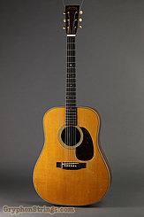 1943 Martin Guitar D-28 Image 3