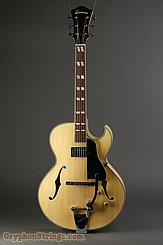 2014 Eastman Guitar AR371CE-BD w/ Bigsby Image 3