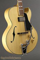 2014 Eastman Guitar AR371CE-BD w/ Bigsby Image 5