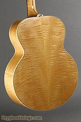 2000 Gibson Guitar  J-150 Natural Image 6
