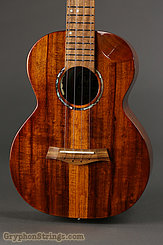 Flight Ukulele Mustang Electro-Acoustic Tenor  NEW