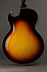 1963 Gibson Guitar L-4C sunburst Image 2