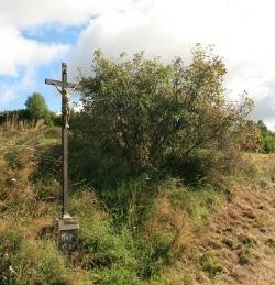 Křížek u meze