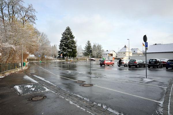 Parking space - former kouzergroum - overview