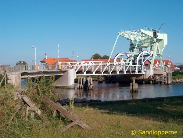 Broen er løbende blevet vedligeholdt repareret og moderniseret
