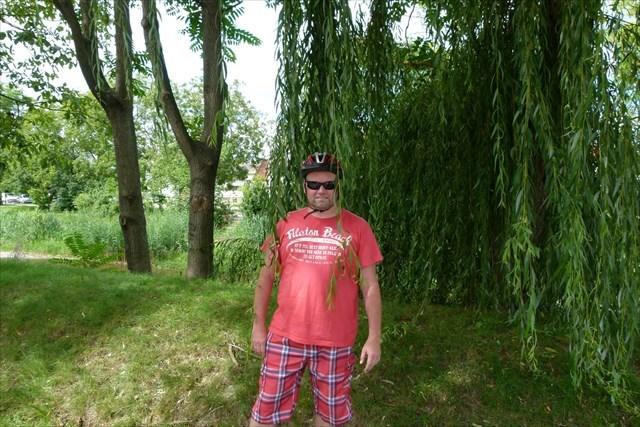 Mein Papa beim Geocachen