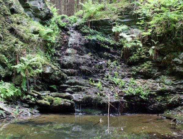 Vodopád při nízkém průtoku