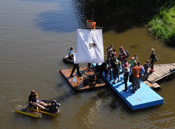 V prístavu - pirátská Kacenka a Medok