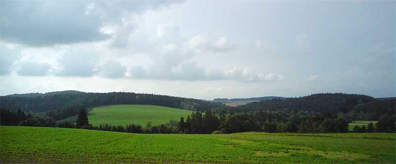 panorama okoli obce