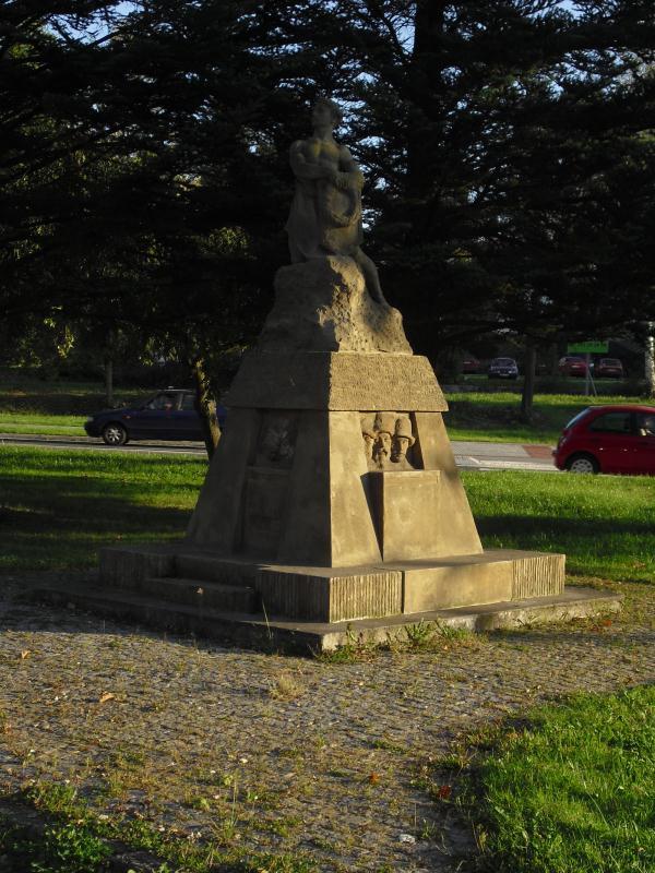 Pomník1