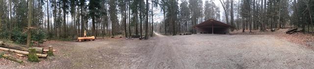 Hütte und Brätellandschaft