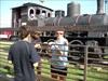 geoteam s lokomotivou za mrizi
