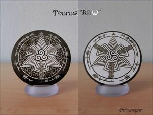 Thurus - B&W