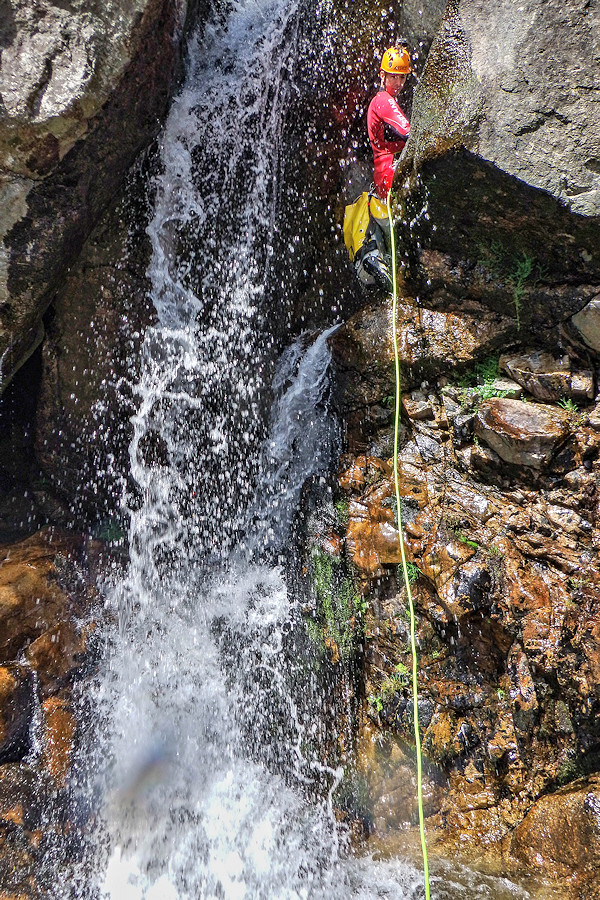 Canyoning no Rio Pombeiro