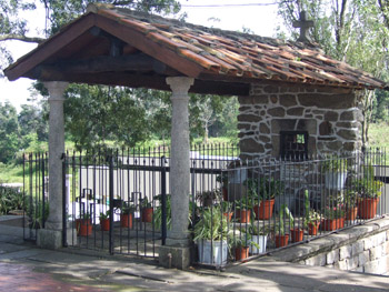 Um pequeno monumento me São Bartlomeu