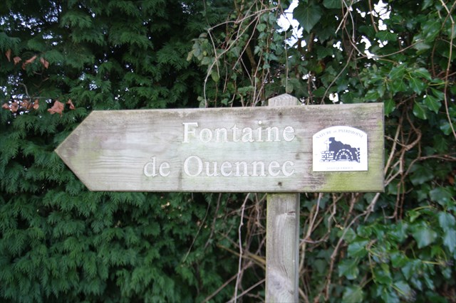 Gc5k6y3 fontaine de ouennec traditional cache in bretagne france created by c2ic for Fontaine de jardin nature et decouverte