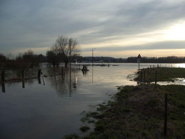 Fähranleger bei Hochwasser