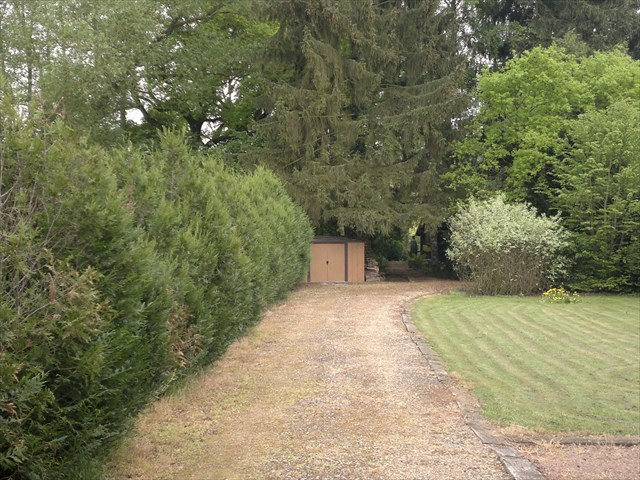 Gc56k1d ma cabane au fond du jardin traditional cache in for Cabane au fond du jardin