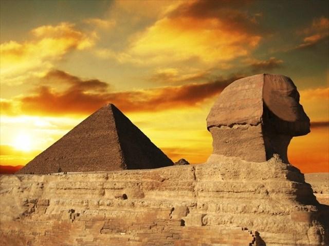 esfinge piramide sumergida.jpg
