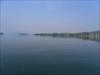 O rio largo e sinuoso