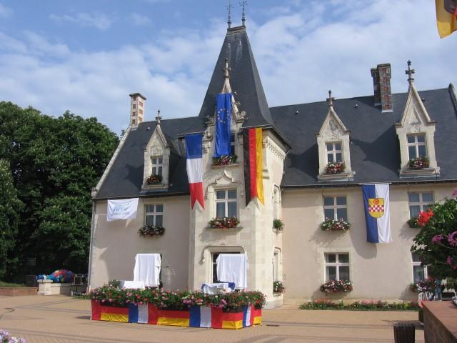 La mairie de Montreuil-Juigné