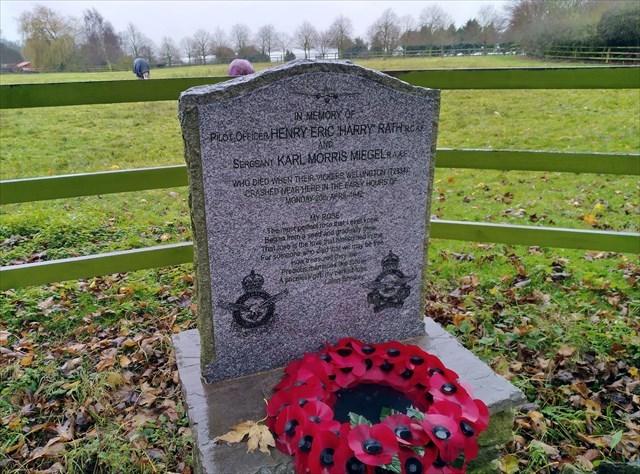 War Memorial, Vickers Wellington T2834