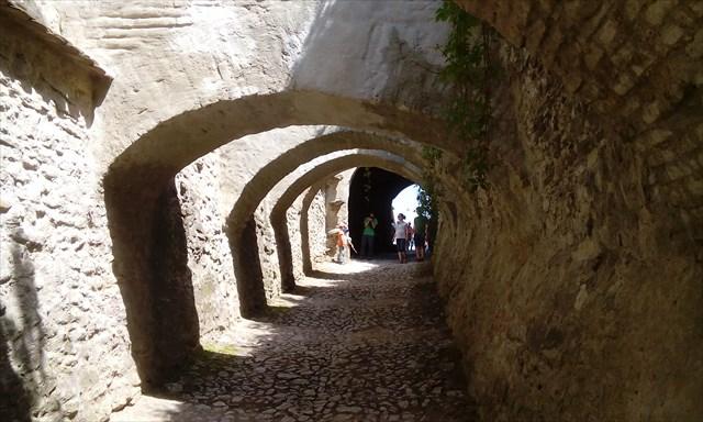 Biserica fortificata Biertan - alee cu arcade