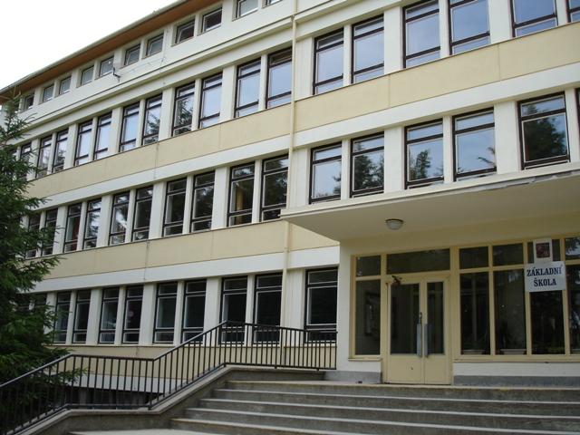 Základní škola Rousínov