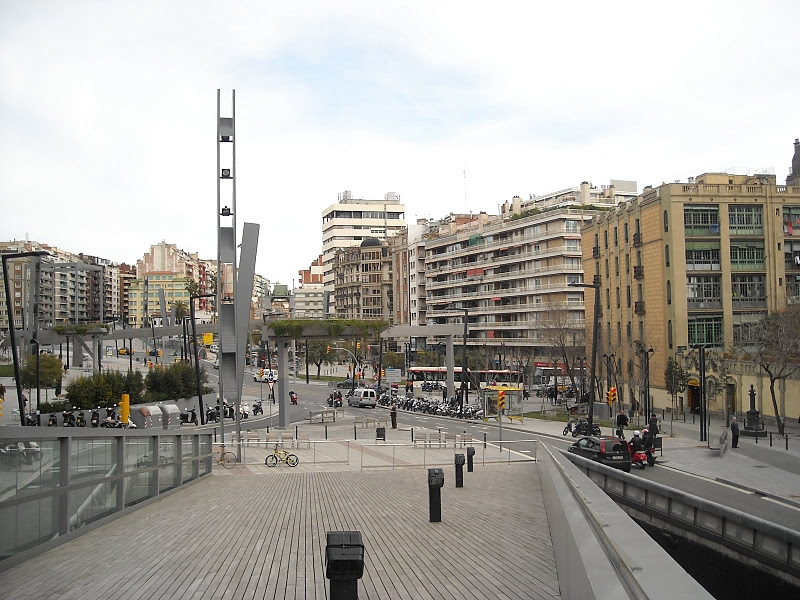 Plaça Lesseps