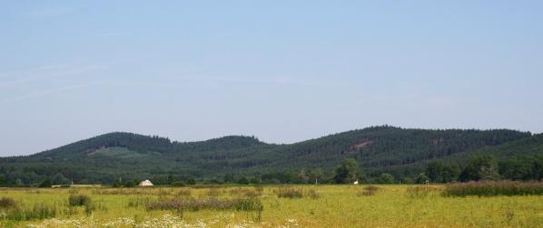 Zleva Rozsocha a Písečný vrch