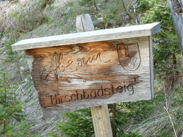 Schild Hirschbadsteig